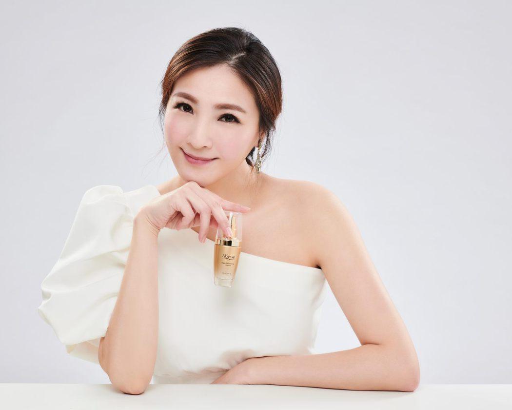 陳思璇成為保養品代言人。圖/星漾國際提供