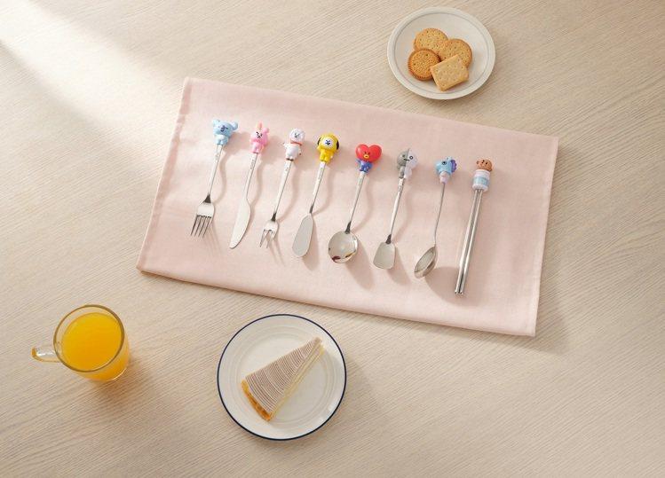 「Hello好心情餐具」共有8款實用餐具包含餐刀、圓湯匙、抹刀、餐叉、橢圓湯匙、...