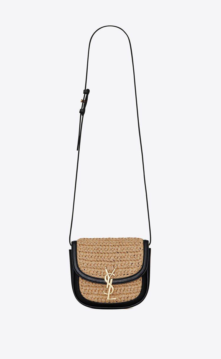 Kaia拉菲草與黑色小牛皮肩背包,51,300元。圖/Saint Laurent...