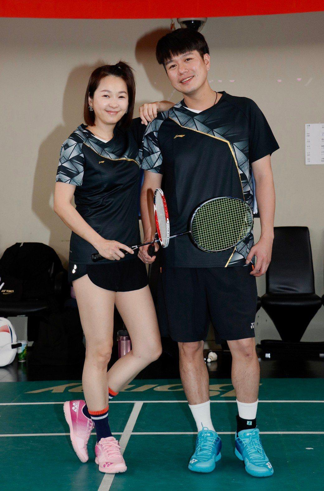 六月、李易夫妻檔參加「全明星羽球賽」。記者李政龍/攝影