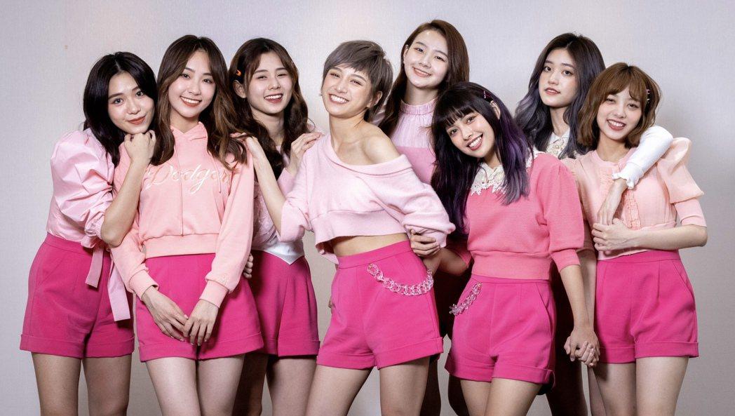 8人女團PINK FUN不求成長壽女團,有人單飛必然祝福。記者沈昱嘉/攝影