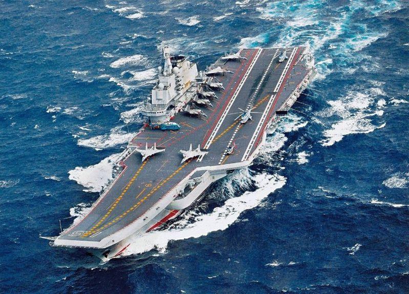 中共遼寧艦航母編隊近日在台灣周邊海域進行訓練。圖/中共海軍檔案照