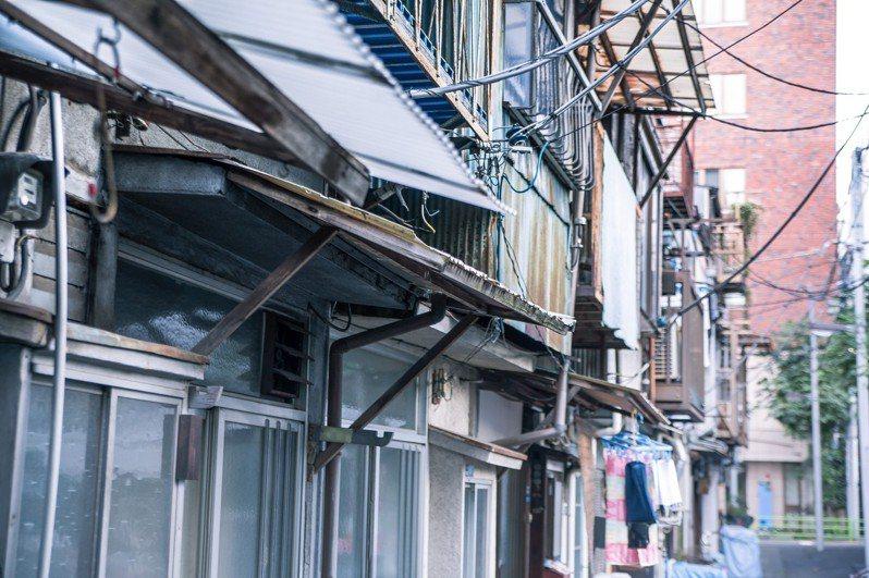 網友分享與鄰居阿婆間的趣事。 圖/pakutaso