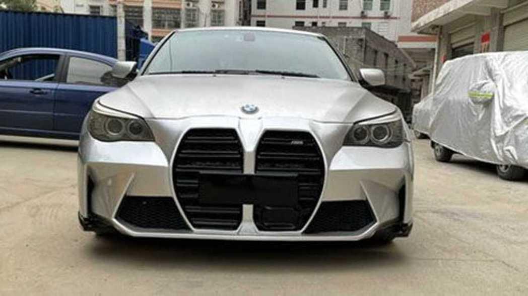 中國掏寶上有賣家供應E60更換新M3的車頭套件。 摘自掏寶