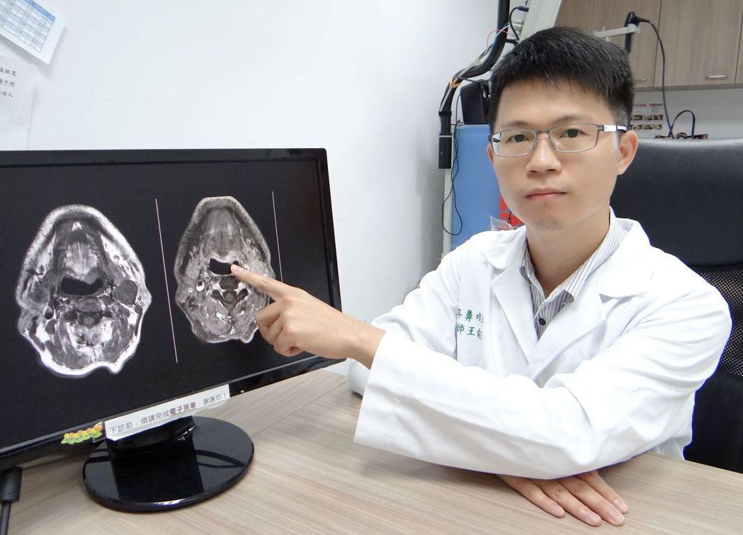 耳鼻喉部主治醫師王俞鈞表示:面對喉嚨卡卡的問題,首要還是判斷哪種原因。 奇美醫學...