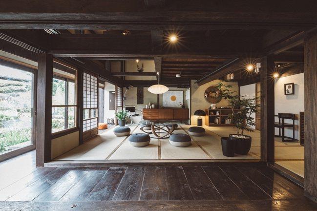 由老宅改建而成的傳統日式家庭旅館,讓人放鬆身心。 圖/Ensen Marugot...
