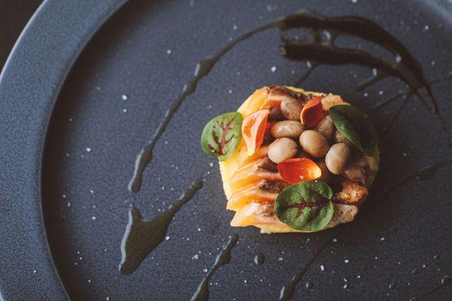 採用當地食材而設計的風味料理,秀色可餐。 圖/Ensen Marugoto Ho...