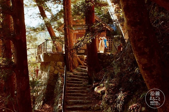 位居山內的白髭神社。 圖/Ensen Marugoto Hotel提供