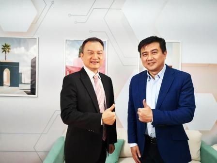 理財周刊發行人洪寶山(左)、楊雲翔(右)