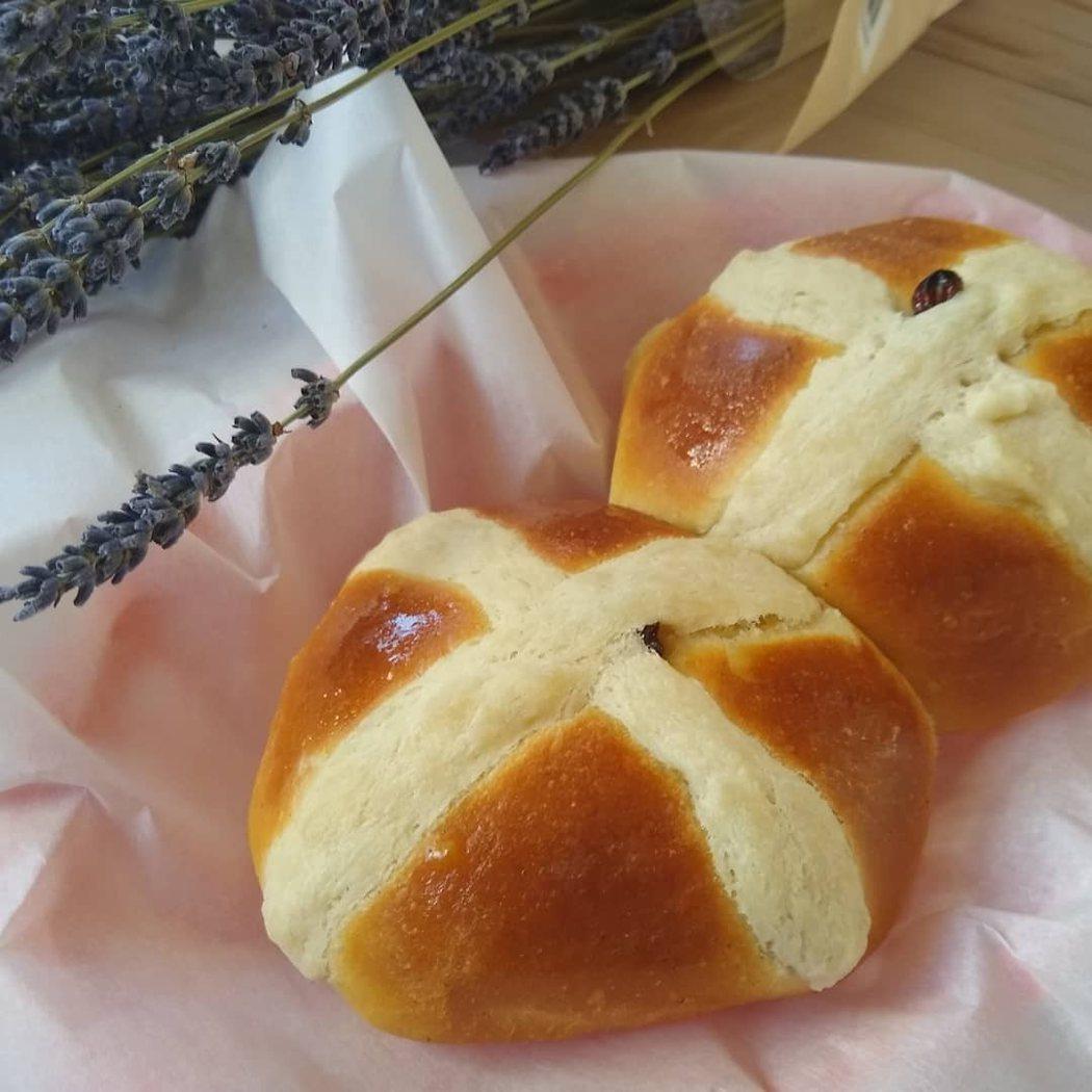 圖文:美國番媽/食譜/十字麵包