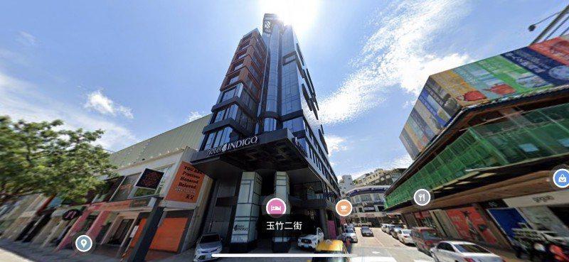 李方集團旗下高雄英迪格酒店,今天將進行二拍,底價下修,命運未卜。圖/翻攝自 Google Map