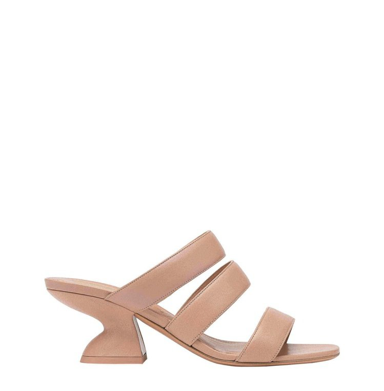 STEFFIE粉色小羊皮F形鞋跟涼鞋,25,900元。圖/Salvatore F...
