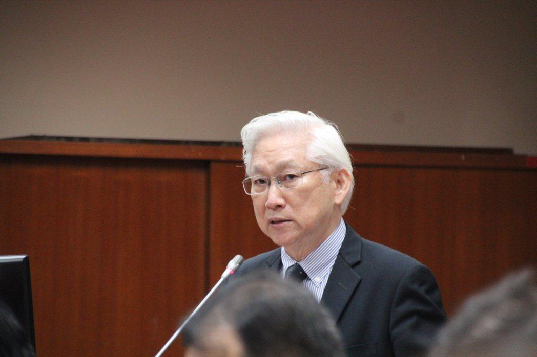 台灣在太空產業並無缺席,吳政忠表示,台灣廠商在地面設備都已經有涉獵,但發射到太空...