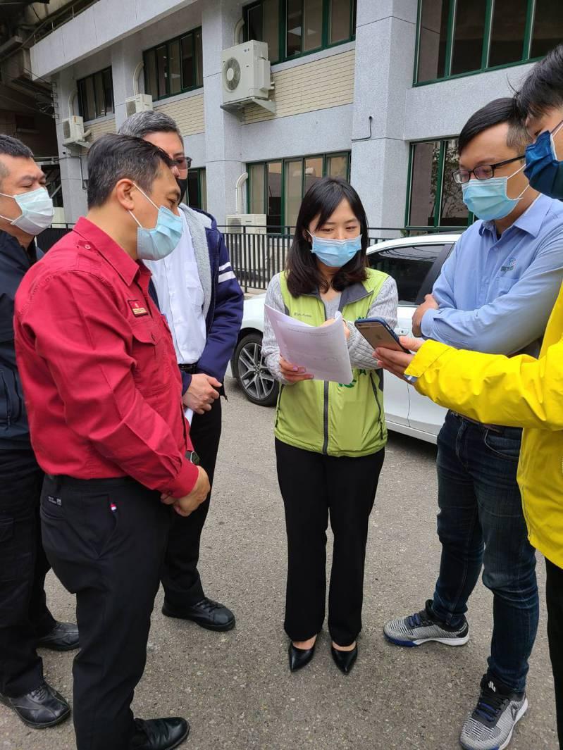 新北市議員鄭宇恩6日邀集相關單位辦理現勘。圖/鄭宇恩服務處提供