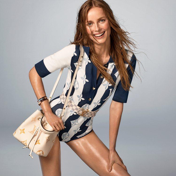 路易威登夏日系列的服裝條紋靈感來自陽傘,NéoNoé手袋80,500元。圖/LV...