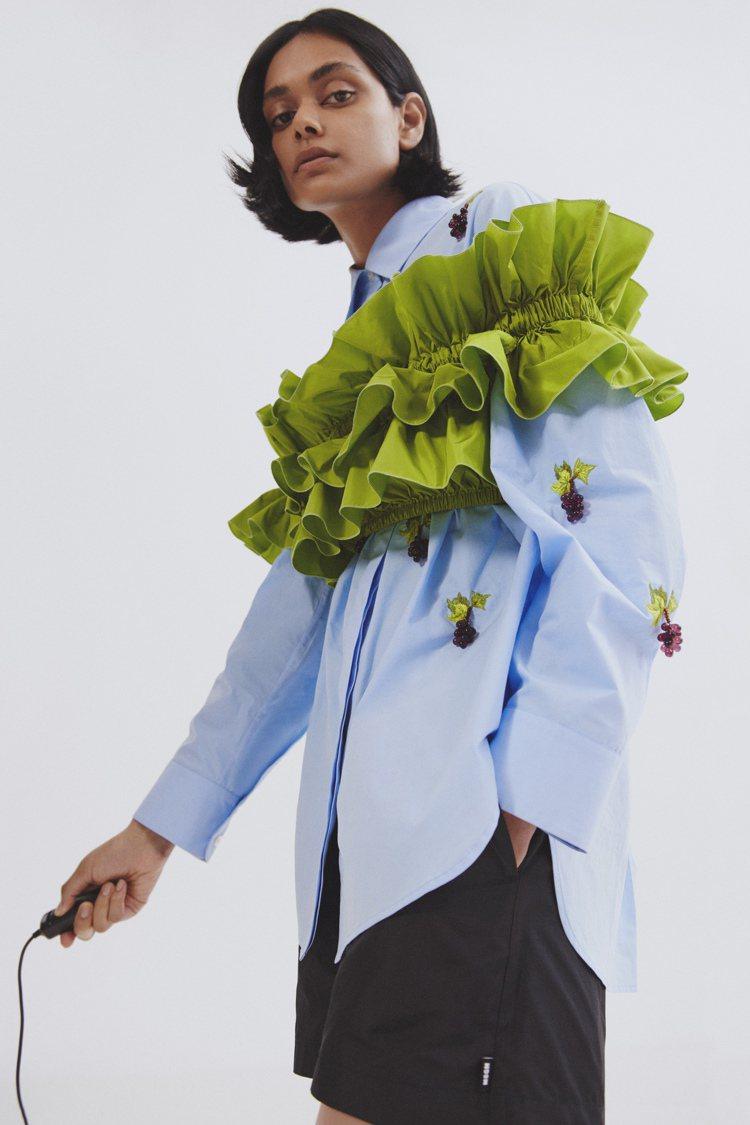 義大利時尚品牌MSGM春夏特別選用一系列明亮色、花卉印花元素,希望在新冠肺炎疫情...