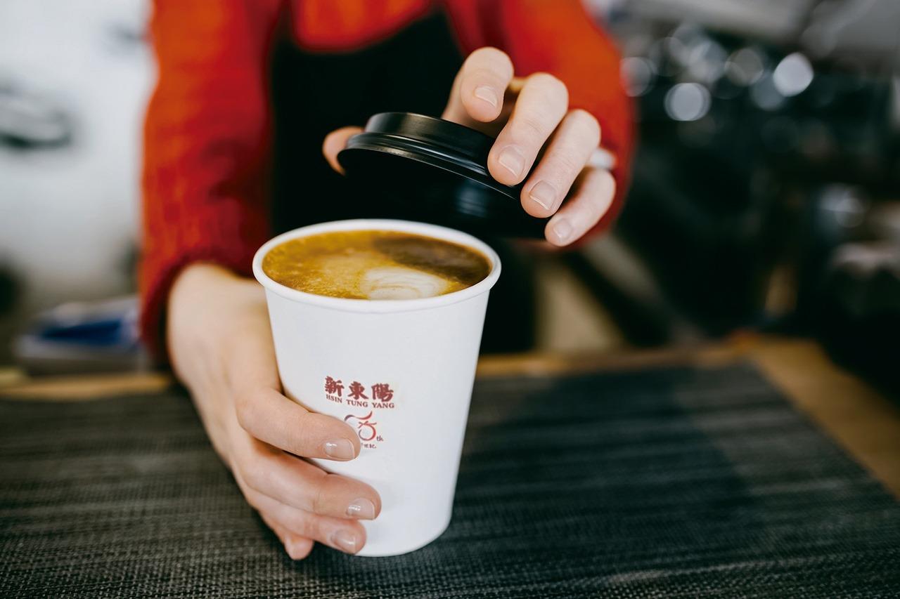 新東陽xTOYOTA 國道服務區中熱美免費請你喝