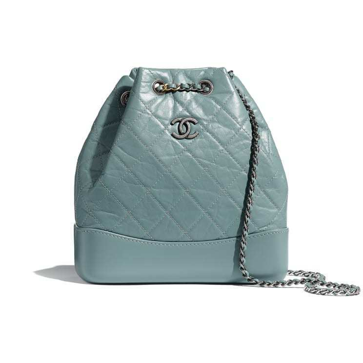 Gabrielle系列的小型後背包也有綠色款,11萬8,000元。圖/摘自官網