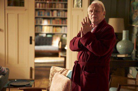 入圍本屆奧斯卡最佳影片等六項大獎的「父親」,由金獎影帝安東尼霍普金斯(Anthony Hopkins)飾演的父親「安東尼」,因年齡漸長罹患失智症,讓他的生活能力逐漸走下坡,也讓金獎影后奧莉薇雅柯爾曼...