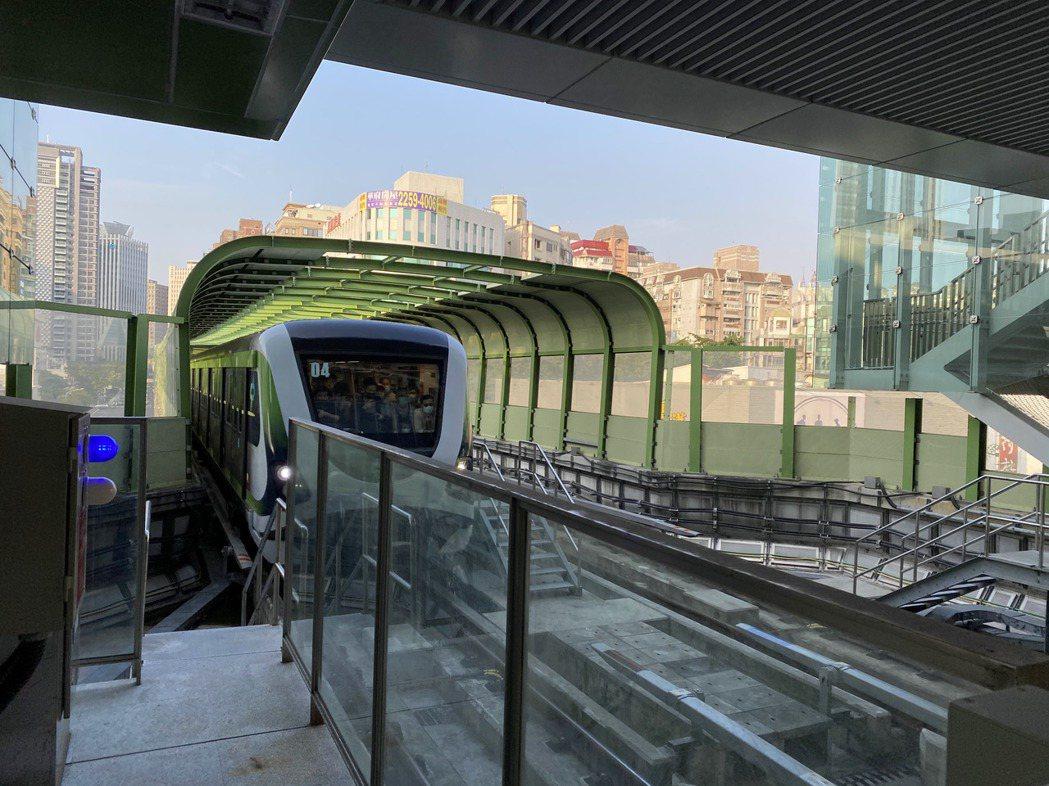 台中捷運綠線重啟營運,3月提報中央審議的藍線沿線成下一個房市矚目焦點。記者宋健生...