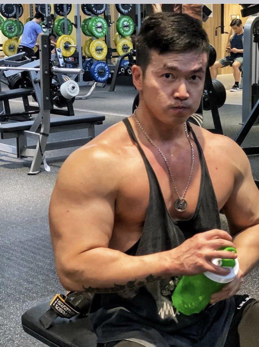 李沛旭長期健身,養出壯碩肌肉。圗/摘自IG