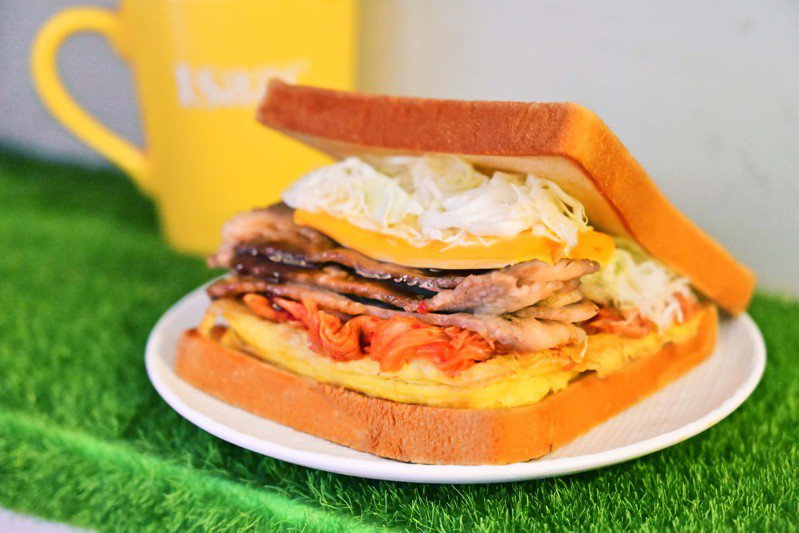 泡菜牛五花三明治,每份119元。圖/Isaac Toast提供