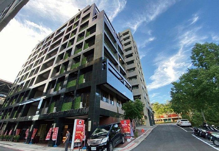 寶真建設在內湖四期重劃區推出新成屋「瑪瑪咪雅」,推出台北市絕版震撼價988萬起。