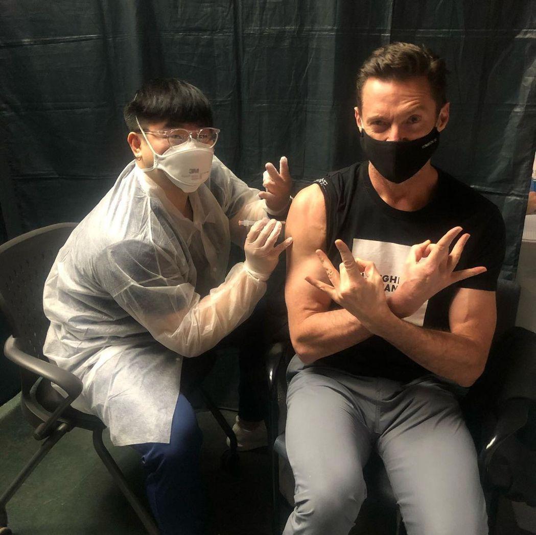 休傑克曼打了新冠肺炎疫苗。圖/摘自Instagram