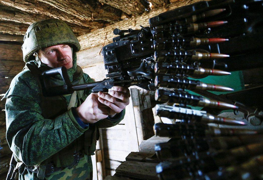 俄國指控烏克蘭意圖撕毀《明斯克協議》的停火規範,打算對親俄分離主義者的「頓內次克...