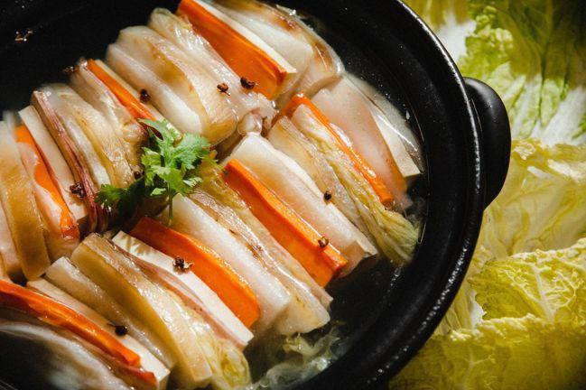 富錦酸菜白肉鍋。 圖/Talter Taiwan提供