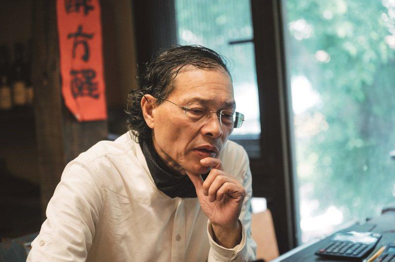 徐裕健認為「做新的東西」沒意思,重現擁有靈魂的歷史空間才是他有興趣的事。 (攝影/林軒朗)