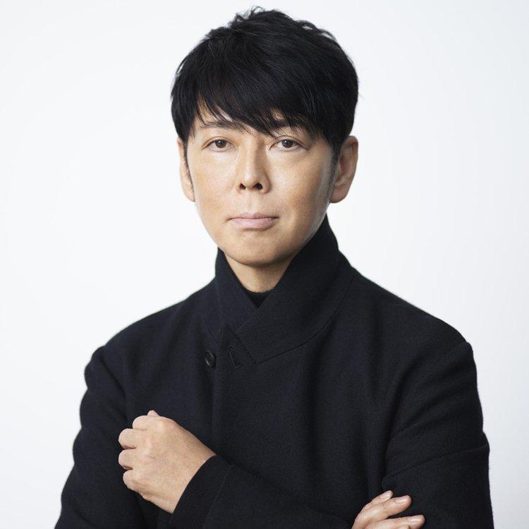 設計大師佐藤可士親自策劃了「佐藤可士和展」呈現30年來的經典之作,更是日本設計界...