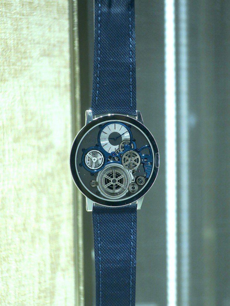 年產僅三只的Altiplano Ultimate Concept超薄腕表,隨20...