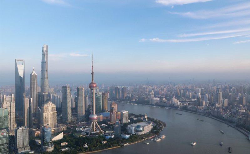 上海成為全球生活成本最高城市。(圖/取自搜狐)