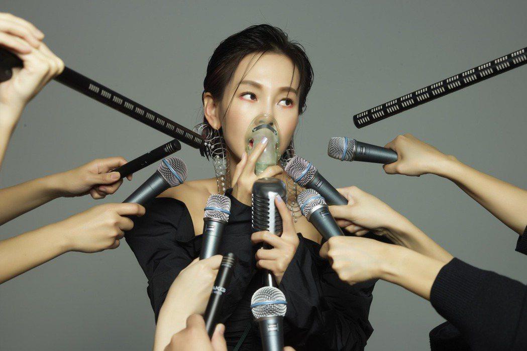 彭佳慧新歌「太難唱了」歌如期名,成她歌唱生涯中數一數二難唱之作。圖/索尼音樂提供