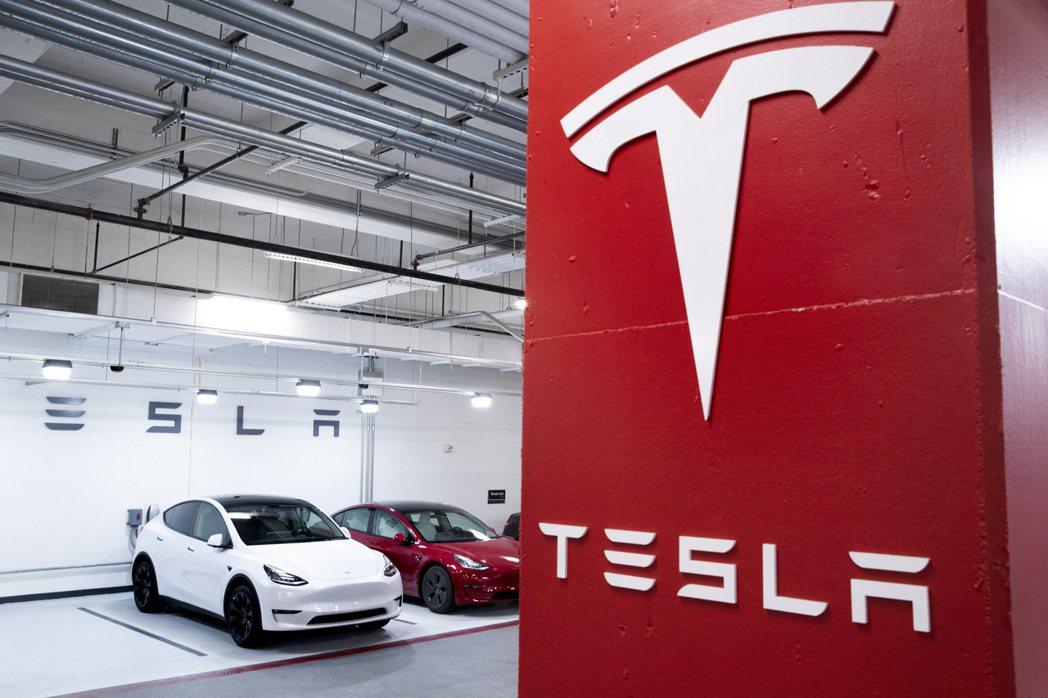 特斯拉已再度調漲美國的Model 3和Model Y售價,為今年第四度漲價。歐新...