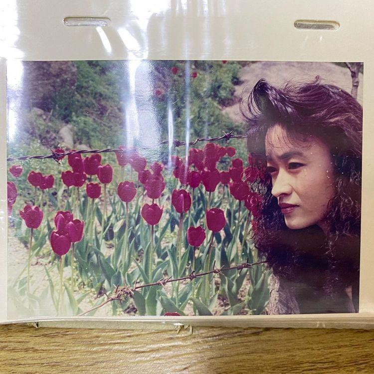 芝妍媽媽年輕時的模樣。圖/擷自IG