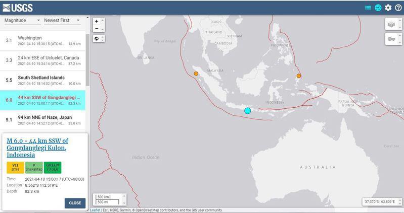 印尼爪哇島外海當地時間10日下午3時發生規模6.0地震,未發布海嘯警報。圖/截自美國地質調查局