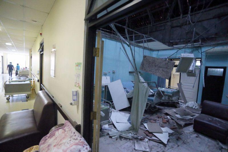 印尼國家災害應變總署今天表示,爪哇島外海發生規模6.0地震,造成至少6人死亡,1人重傷,以及多座城市的建築物毀損。 法新社