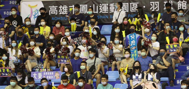 SBL今天在鳳山開打再度吸引4539名球迷進場觀賽。圖/中華籃協提供