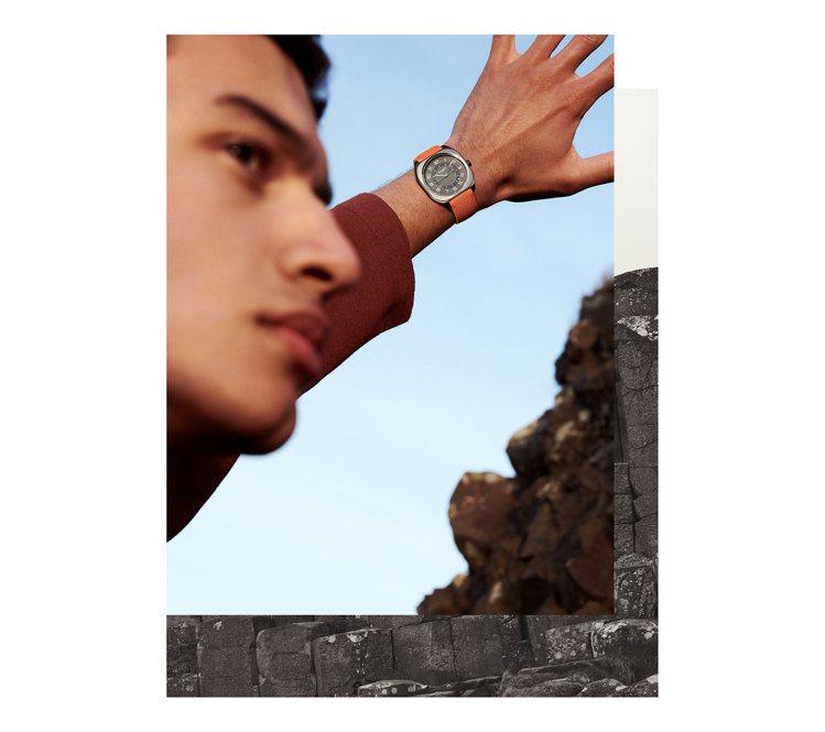 愛馬仕今年推出全新的系列H08自動腕表。圖/愛馬仕提供