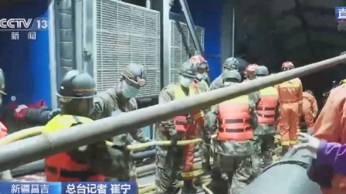 新疆煤礦透水事故12名被困者位置確定,官媒指生還希望大。(澎湃新聞)
