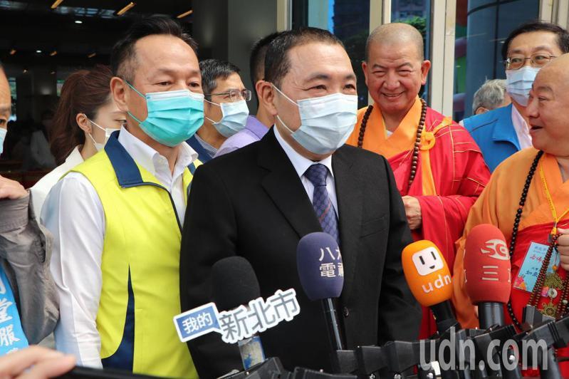 新北市長侯友宜今出席浴佛節慶典大會。記者吳亮賢/攝影
