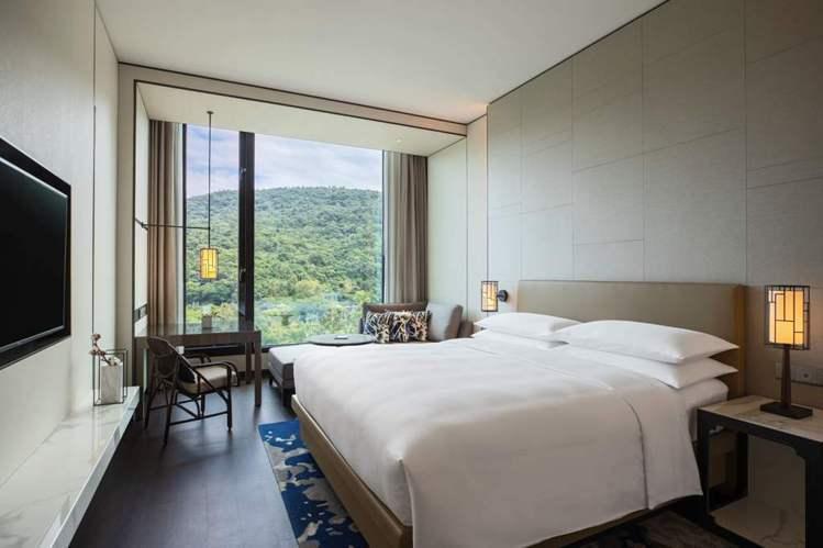 台北士林萬麗酒店尊貴山景客房。圖/台北士林萬麗提供