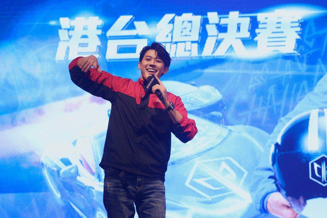 李玉璽在首屆挑戰者盃亞洲電競賽車錦標賽擔任台灣隊長。記者王聰賢/攝影