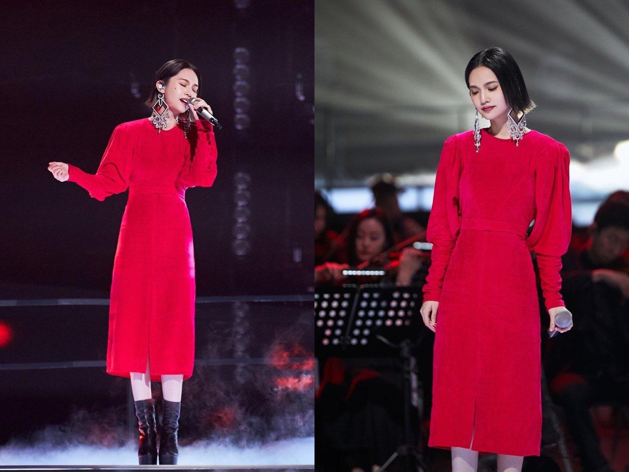 楊丞琳登上《乘風破浪的姐姐2》舞台,以出色的唱功以及少女感容顏,備受討論。 圖/...