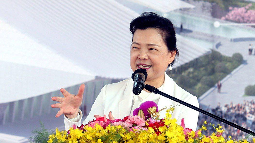 經濟部長王美花表示,目前尚未研議供四停三,還是維持中部地區供五停二的限水措施。記...