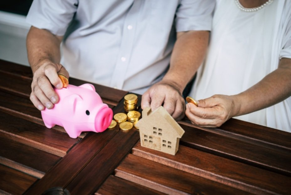 雇主每個月繳納的退休金都會記錄在每個人的退休金專戶中,換工作時這個專戶可以帶著走...