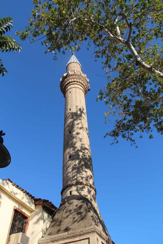 阿拉丁清真寺的另一個尖塔