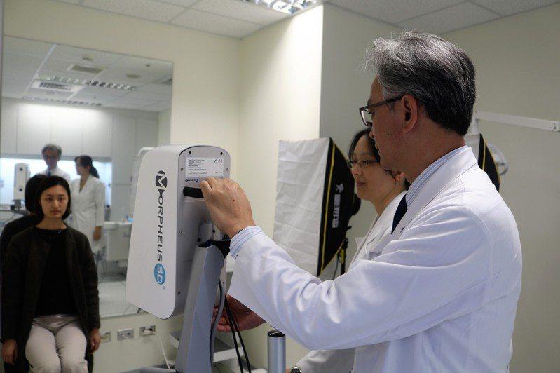 陽明交通大學與台北榮民總醫院發表研究成果,只要兩側下顎骨角的距離,與兩側顴骨的距離比例越接近75%,是最具吸引力的臉型。圖/陽明交通大學提供